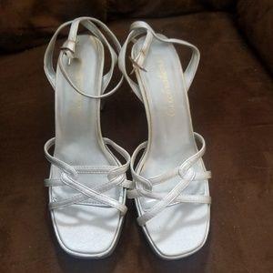 Size 8 3inch heels
